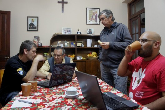 P. Mariano, P. Zenon , P. Vicente...
