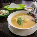 Locro de papas czyli ekwadorska zupa z ziemniaków